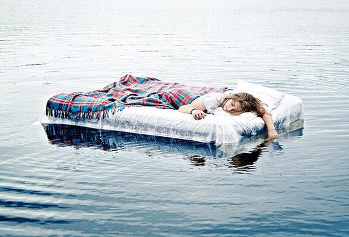 Mơ thấy nước là điềm báo gì