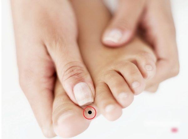 Xem tướng vị trí nốt ruồi ở bàn chân nói gì về tương lai của bạn