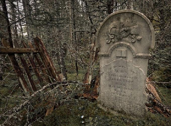 Mơ thấy mộ là điềm báo gì