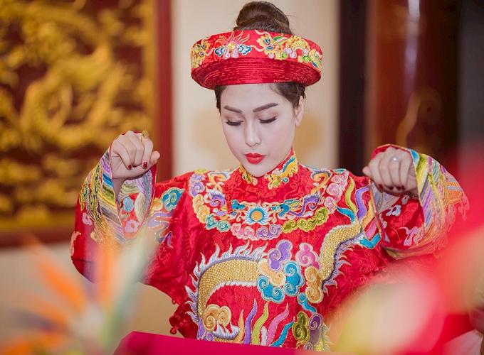 Hầu đồng là gì? Tìm hiểu về tín ngưỡng đạo Mẫu Việt Nam