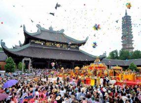 Những lễ hội đầu năm 2019 thu hút đông đảo mọi người